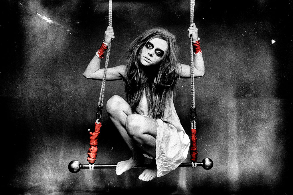 jennifer-becker-photography-dessau-extragavagant-003.jpg